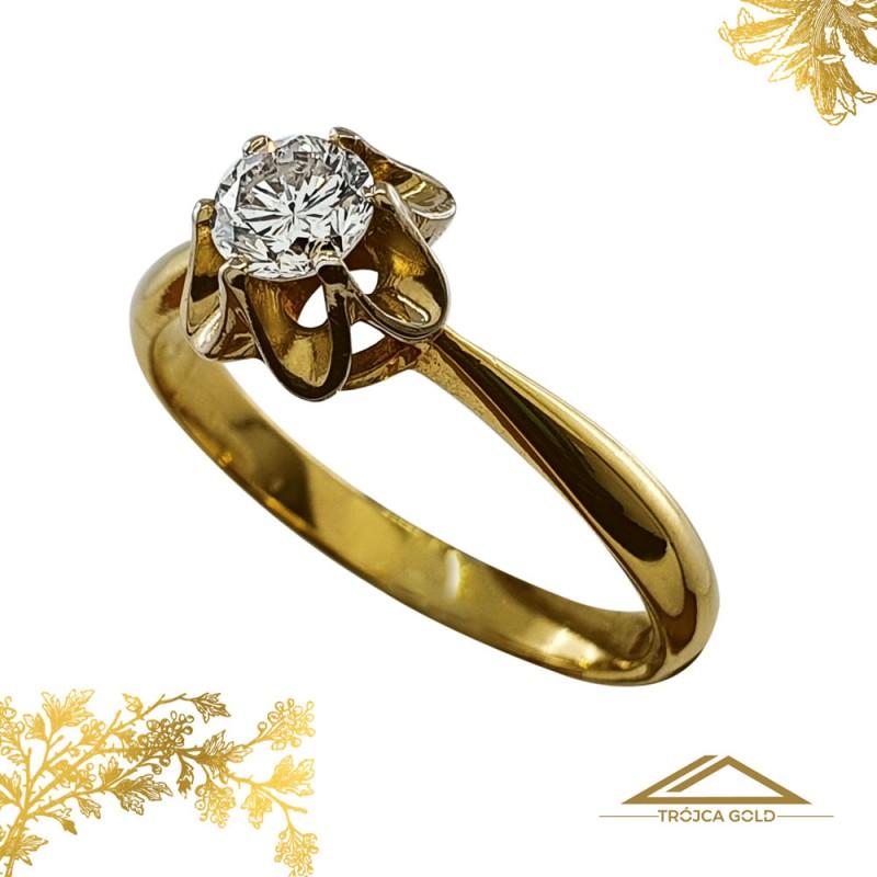 Piękny pierścionek z brylantem 0,38 ct, złoto pr. 750!