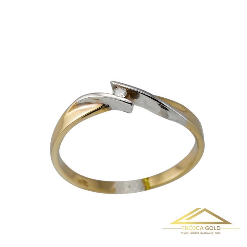 Złoty pierścionek z brylantem 0,03 ct