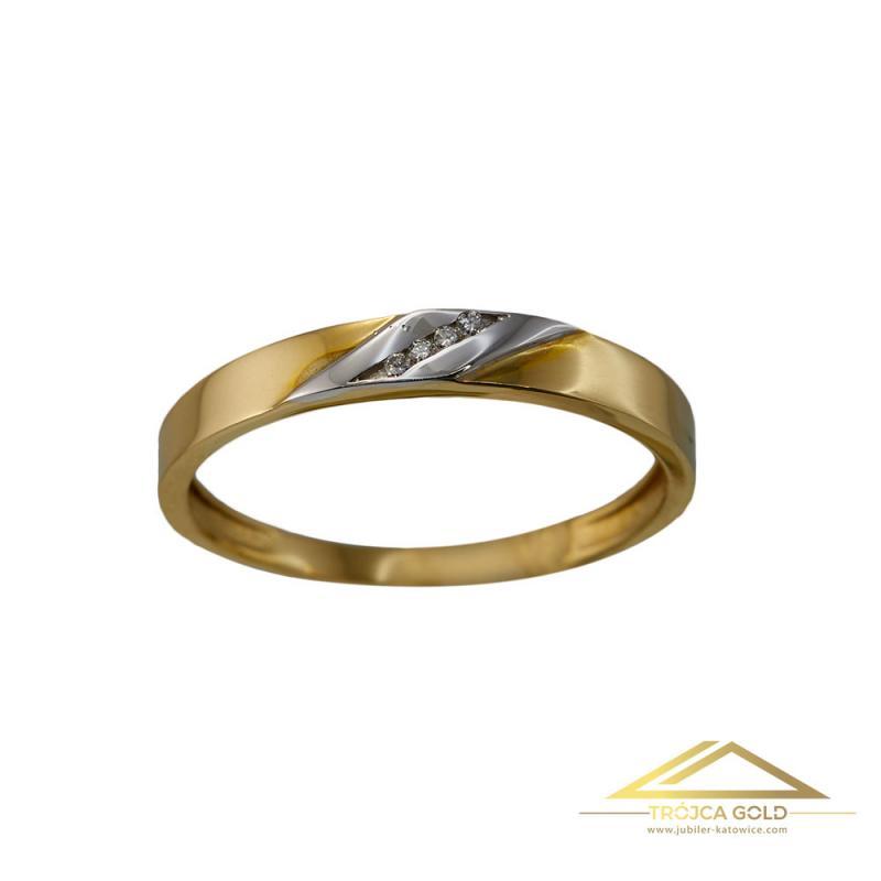 Pierścionek ze złota z 4 brylantami o łącznej masie 0,02 ct oraz wadze 1,75g